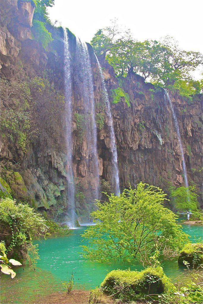 Darbat Waterfalls